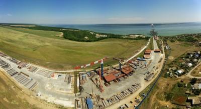Два гиганта на одной площадке. YONGMAO STT1330 в Тольятти. Строительство моста через р. Волгу